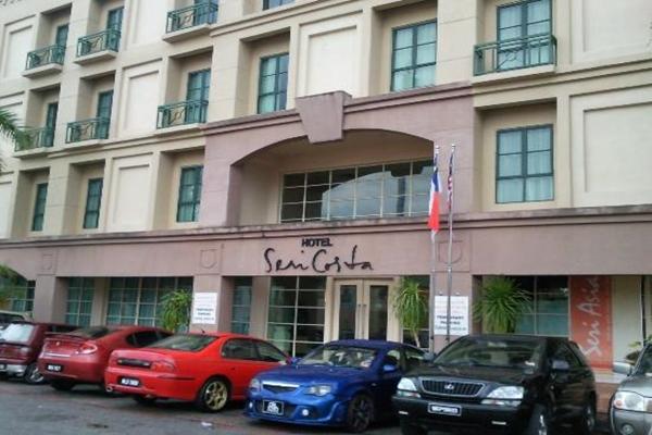 Hotel Seri Costa Melaka Deluxe Room