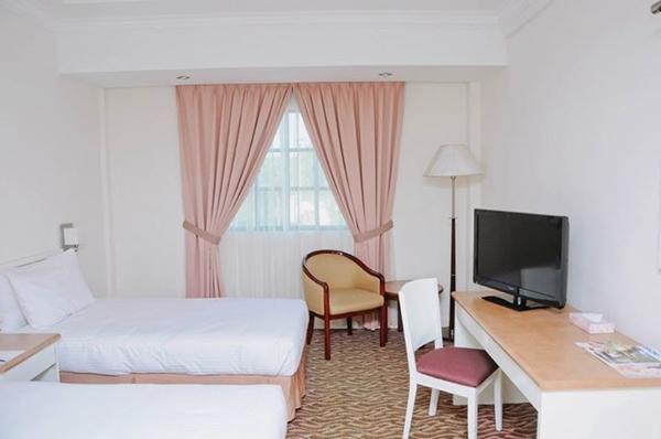 kuala terengganu buddhist singles 33 - th hotel & convention centre terengganu, kuala terengganu, studio suite - 2 single beds,  th hotel & convention centre terengganu, kuala terengganu's small.